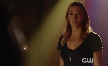 Arrow Season 4 Episode 3 Clip: Never Give Up