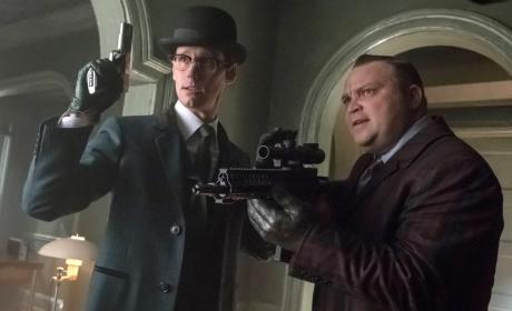 Butch and Riddler - Gotham Season 3 Episode 20