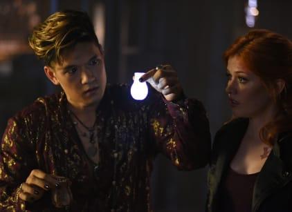 Watch Shadowhunters Season 1 Episode 6 Online