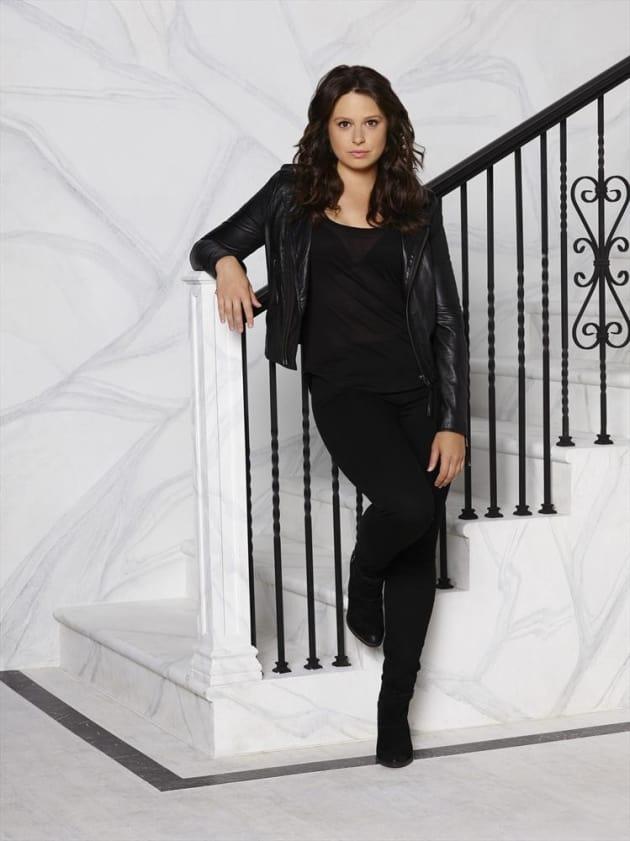 Katie Lowes as Quinn Perkins Season 4 - Scandal
