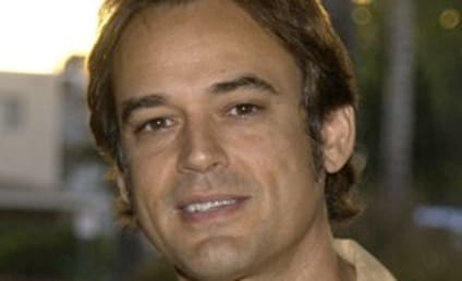 Get to Know a Soap Opera Star: Jon Lindstrom