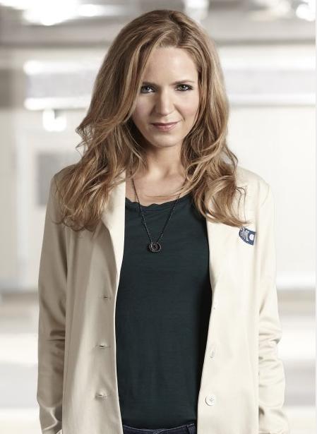 Jordana Spiro as The Mob Doctor