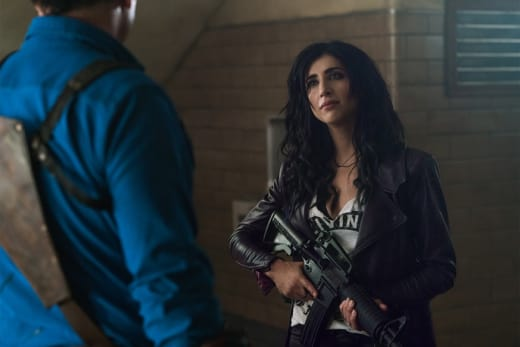 Kelly's Got A Gun - Ash vs Evil Dead