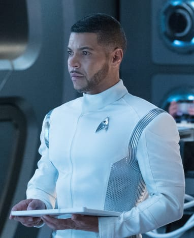Doctor at the Ready - Star Trek: Discovery Season 1 Episode 9