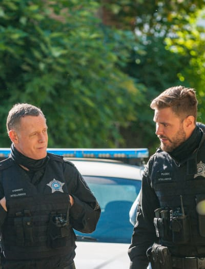 Voight's Team - Chicago PD Season 8 Episode 1