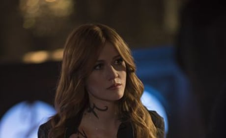 Clary's Back - Shadowhunters Season 3 Episode 13