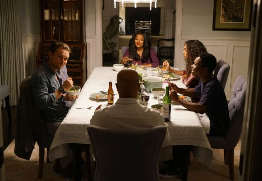 Family Dinner - Lethal Weapon Season 1 Episode 1