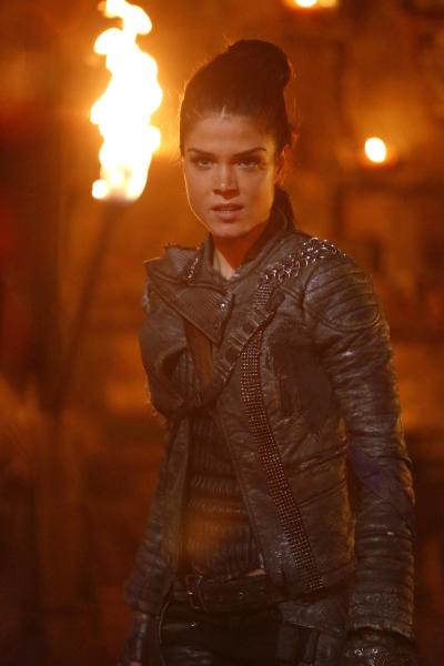 Octavia – The 100 Season 4 Episode 3