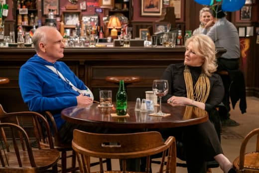 Frank Is Attacked - Murphy Brown