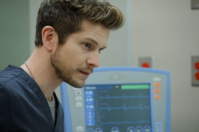 A Lot on His Mind - The Resident Season 1 Episode 13