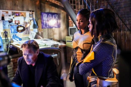 The New Team - Black Lightning Season 2 Episode 16