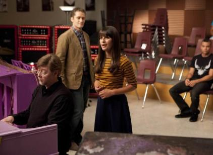 Watch Glee Season 3 Episode 1 Online