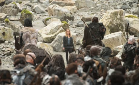 Clarke's in Charge – The 100 Season 4 Episode 5