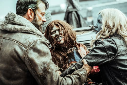 Murphy and Lucy Together - Z Nation Season 4 Episode 4