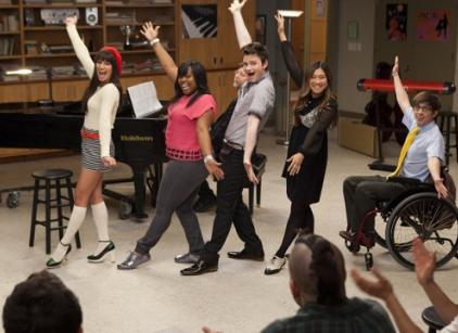 Watch Glee Season 3 Episode 22 Online