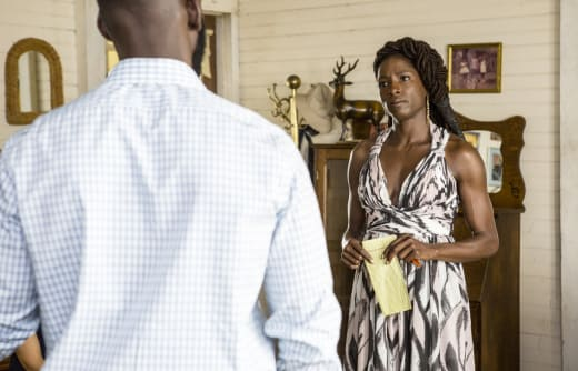 Nova Questions the Letter - Queen Sugar Season 2 Episode 7