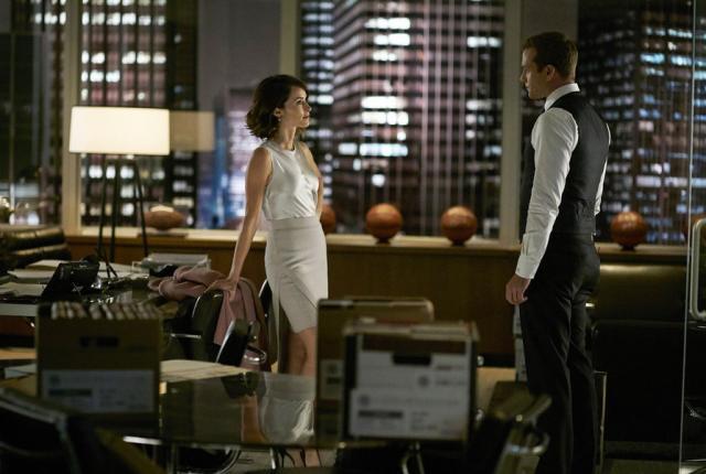 Watch Suits Season 5 Episode 13 Online - TV Fanatic