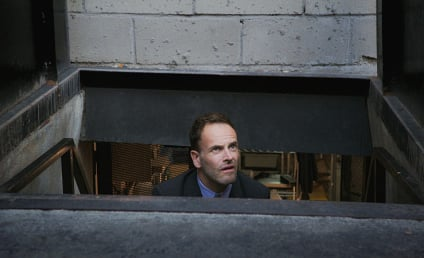 Watch Elementary Online: Season 5 Episode 8