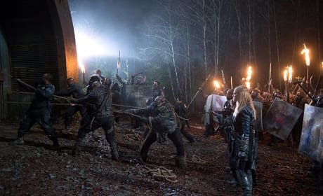 Doors to Hell - The 100 Season 2 Episode 15