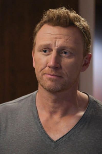 Owen Worries  - Grey's Anatomy Season 17 Episode 9