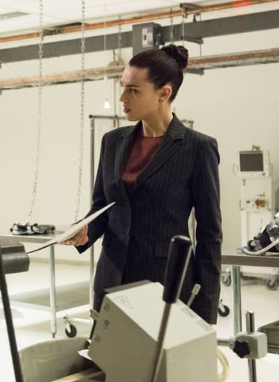 Supergirl Season 4 Episode 20 Review: Will The Real Miss