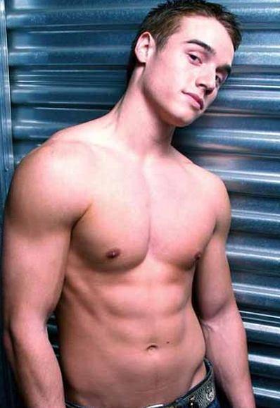 Brando Eaton