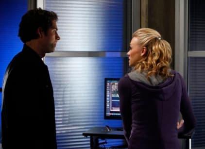 Watch Chuck Season 3 Episode 12 Online
