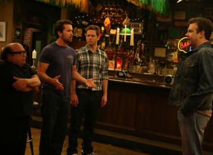 Watch It's Always Sunny in Philadelphia Season 6 Episode 8 Online