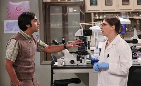 Raj and Amy at the Lab