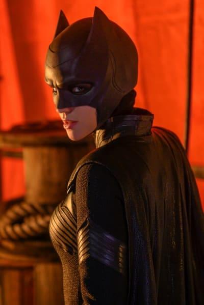 Batwoman Season 1 Episode 1 Review: Her Own Way - TV Fanatic