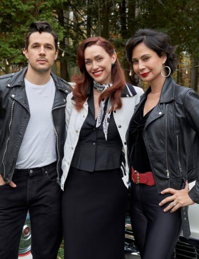 Knockout Threesome - Good Witch Season 7 Episode 2