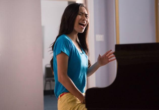 Jessica Sanchez Glee Debut