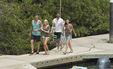 A Couple Returns - Bachelor in Paradise