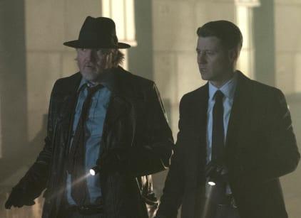 Watch Gotham Season 4 Episode 16 Online