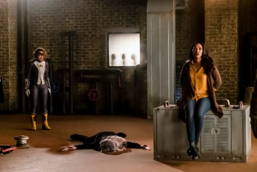 Killer Frost Down For The Count - The Flash Season 5 Episode 14