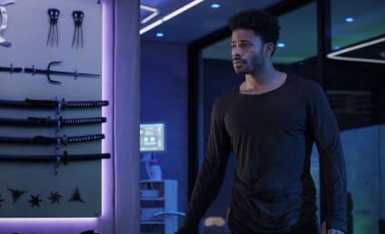 Watch Black Lightning Online: Season 4 Episode 8