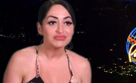 Angelina Pouts - Jersey Shore: Family Vacation