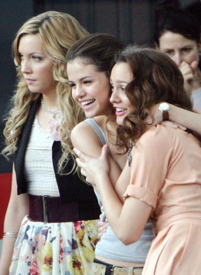Leighton, Selena and Katie