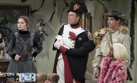 Costumes Are Everything - The Conners Season 1 Episode 3