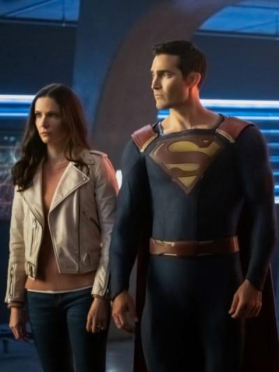 Clark and Lois - Supergirl Season 5 Episode 9
