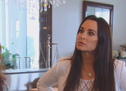 Watch The Real Housewives of Beverly Hills Season 6 Episode 10 Online