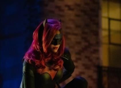 Watch Arrow Season 7 Episode 9 Online