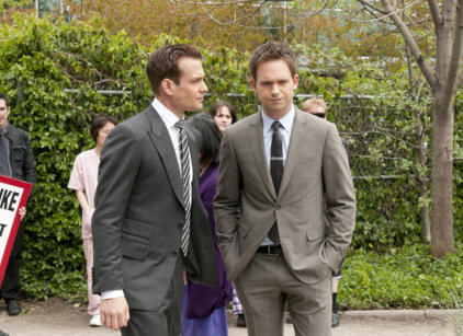 Watch Suits Season 2 Episode 3 Online