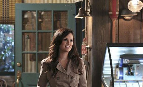 A Surprise For Wade? - Hart of Dixie Season 4 Episode 4