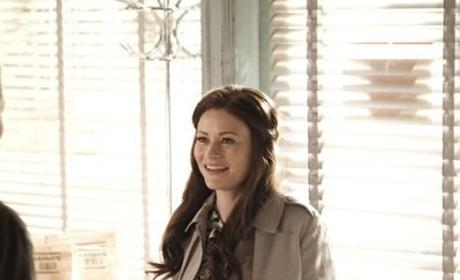Belle - Once Upon a Time Season 6 Episode 2