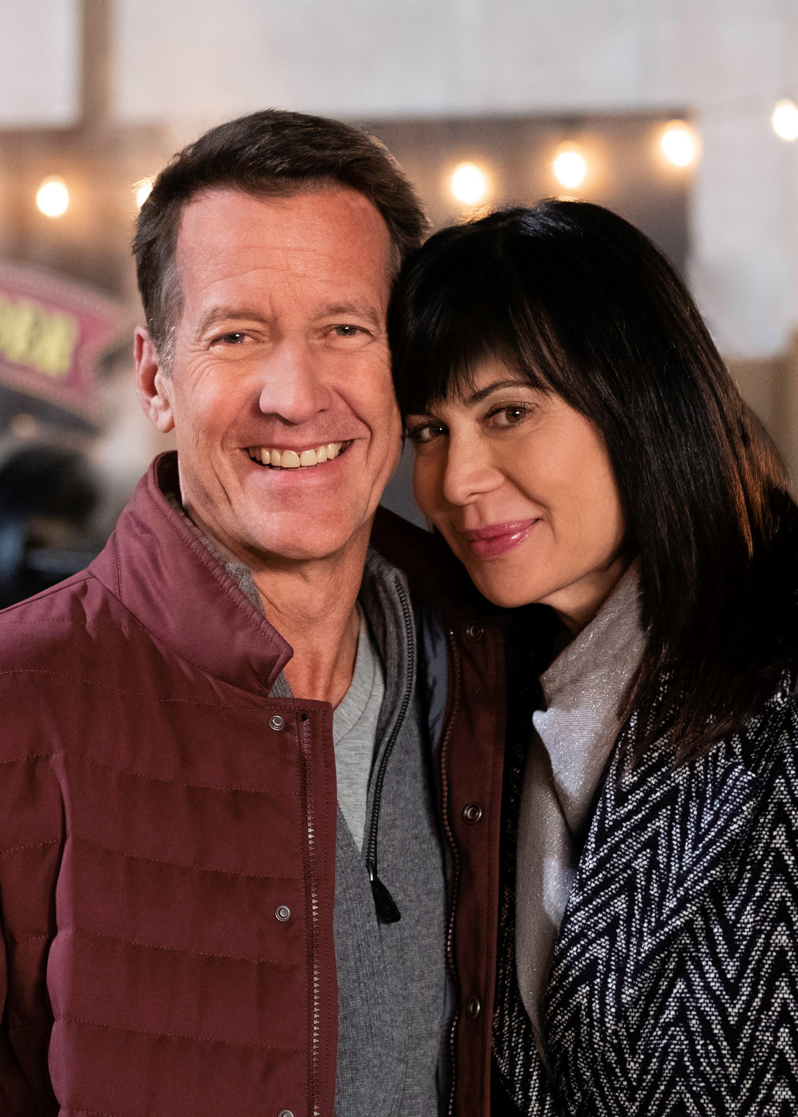 Happy In Love - Good Witch Season 5 Episode 8 - TV Fanatic