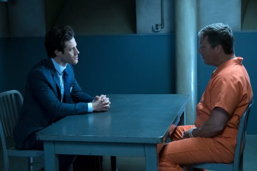 Tense Reunion - Stitchers Season 3 Episode 5