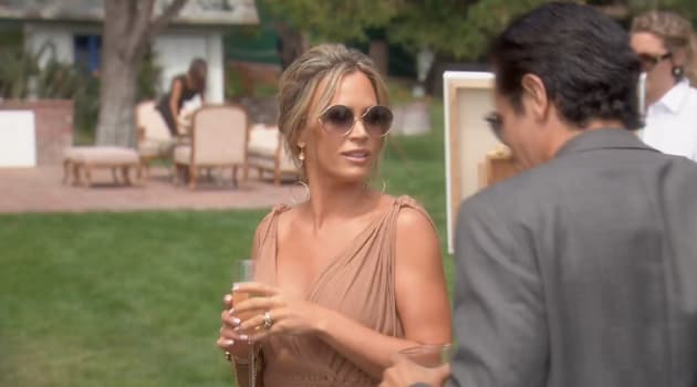 Arriving At The Wedding - The Real Housewives of Beverly Hills