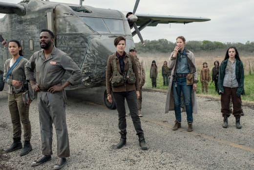 Taking This One to the Grave - Fear the Walking Dead Season 5 Episode 8