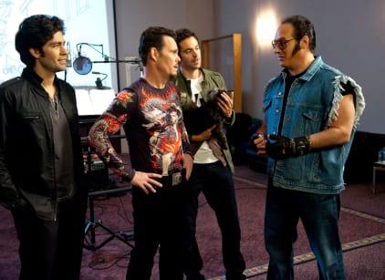 Watch Entourage Season 8 Episode 2 Online